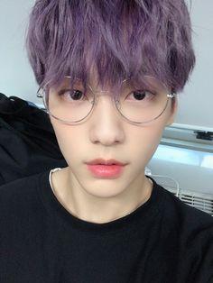 #soobin #txt #canyouseeme #selca Fandoms, Twitter Update, Kpop, How To Fall Asleep, Boy Bands, Korea, Cheer, Bunny, Boy Groups