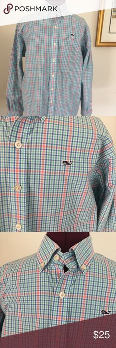 "Vineyard Vines boys Whale Shirt Beautiful spring/summer colors come alive in this crisp cotton button down from Vineyard Vines! Excellent condition! Works for a size L boy or a size S woman. Chest/bust -38"" Sleeve-22"" Vineyard Vines Shirts & Tops Button Down Shirts"