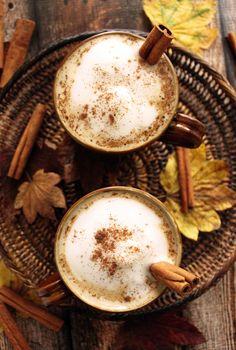 Maple cinnamon latte recipe - looks so cozy and delicious for fall!