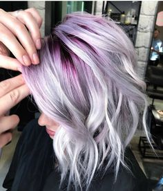 Purple haze 💜 gorgeous coloring by using Pulp Riot Hair! 🔥 🔹 🔹 🔹 🔹 For a chance to be Cute Hair Colors, Beautiful Hair Color, Hair Color Purple, Hair Dye Colors, Hair Color For Black Hair, Cool Hair Color, Pink Hair, Blonde Hair Purple Roots, Short Hair With Color