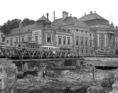 U Bahn, Vienna Austria, Online Tickets, Destruction, Old World, Louvre, Mansions, History, House Styles