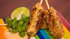 Try this Lemony Chicken Mini Keftas recipe by Chef Justine Schofield . This recipe is from the show Everyday Gourmet. Pork Recipes, Gourmet Recipes, Cooking Recipes, Healthy Recipes, Gourmet Foods, Chicken Pork Recipe, Chicken Recipes, Chicken Minis, Buttermilk Chicken
