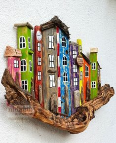 Husband & Wife team who makes decorative wooden items by NidaninWoodwork Driftwood Wall Art, Driftwood Projects, Beach Crafts, Diy Home Crafts, Cardboard Crafts, Wooden Crafts, Rock Crafts, Arts And Crafts, Bird Houses Painted