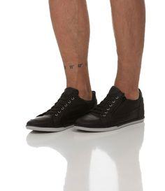 Sapatênis masculino  Material: couro  Com zípper na lateral  Marca: Satinato Genuine    Veja mais opções de   sapatênis masculinos.       COLEÇÃO INVERNO 2015