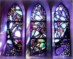 Check out this interesting work from Joseph Ferguson installed in the Old Cambridge Baptist Church, Cambridge, Mass. We love both the colors and the abstraction of the design.    ~   http://www.josephferguson.com/glass.php