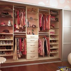 Organizing Teenagers Closet