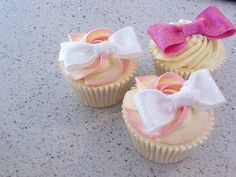 bow cupcakes by Cupcake Twins, via Flickr Bow Cupcakes, 2nd Birthday, Twins, Faith, Bows, Cookies, Desserts, Arches, Crack Crackers