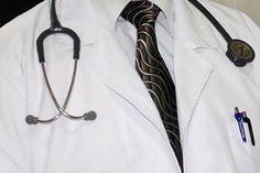 Türkiye'de doktor bulmaya için güzel bir servis bulundu, tavsiye ederim: http://www.eniyihekim.com/ to you