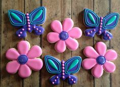 This listing is for 1 Dozen Butterfly and Flower Cookies  6 of each design. Can customize the colors.  *For an additional charge of $5 a message