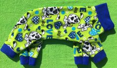 Dog Love are the words that describe these neon green pajamas. Royal blue hearts, collar and cuffs set off the neon green to make these jammies a colorful addition to your pups wardrobe! These are perfect to keep your little girl or boy warm and toasty on those chilly fall and winter nights. 100% polyester so there will be no shrinkage during the wash.  You can also use these as a light coat or sweater to keep your little one warm and toasty. The underneath is completely open so there is no…
