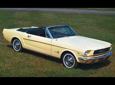65 mustang pics   1965 Ford Mustang Convertible