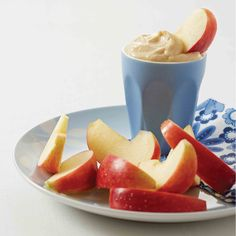 This peanut butter dip makes snacking on fruit even yummier! The peanut butter adds a slightly sweeter flavour to the yoghurt, making it ideal for those late afternoon munchies. Fresh Herbs, Fresh Fruit, Peanut Butter Dip, Fruit In Season, Vanilla Essence, Afternoon Snacks, Serving Size, 4 Ingredients, Cravings