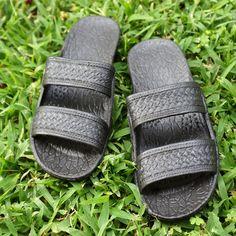 classic black pali hawaii sandals by Pali Hawaii | alohaz