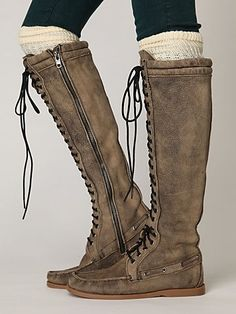 I am so loving knee high boots!