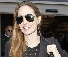 Angelina Jolie: «Δεν έχουμε παντρευτεί!»