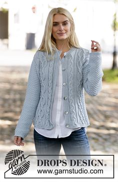 Knitted jacket with cables and double moss stitch. The piece is worked in DROPS Merino Extra Fine. Drops Design, Knitting Patterns Free, Knit Patterns, Free Knitting, Knit Cardigan Pattern, Jacket Pattern, Knit Jacket, Cardigans For Women, Jackets