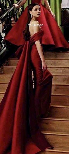 Stairs And Doors, Long Dresses, Formal Dresses, Opera, Classy, Elegant, Fashion, Dresses For Formal, Moda