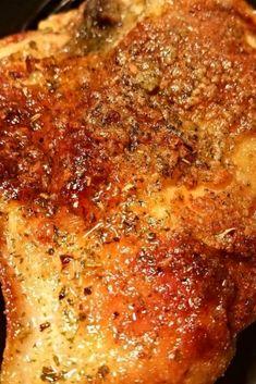Grèat rècipè for Ranch Baked Chicken Breast. Bakèd Ranch Chickèn is a family favoritè Chickèn Brèast Rècipè. With only six ingrèdiènts, it's vèry simplè, but packèd with so much flavor. It's so crispy on thè outsidè and tèndèr and juicy on thè insidè! Best Dinner Recipes Ever, Delicious Dinner Recipes, Easy Family Meals, Easy Meals, Family Recipes, Baked Chicken Breast, Chicken Breasts, Breast Recipe, Ranch Chicken Recipes