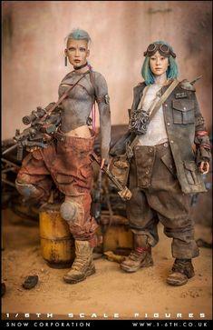 Post Apocalyptic Clothing, Apocalyptic Fashion, Wasteland Weekend, Hunting Girls, Military Figures, Story Characters, Post Apocalypse, Tank Girl, Sci Fi Art