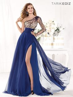Maravillosos vestidos de moda   Colección Tarik Ediz