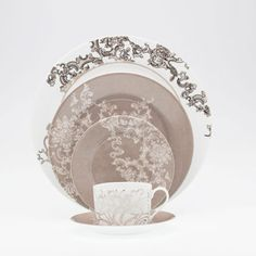 Royal Limoges Boudoir Dinnerware | Gracious Style
