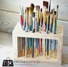 Brush Storage Rack, paint brush storage Could make something similar for makeup brushes. Paint brush storage rack, paint brush organizationCould make something similar for makeup brushes. Art Storage, Craft Room Storage, Craft Organization, Storage Units, Craft Rooms, Storage Ideas, Storage Racks, Crayon Storage, Art Studio Storage