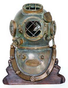 Deep Sea Diving Helmet from landandsea.com