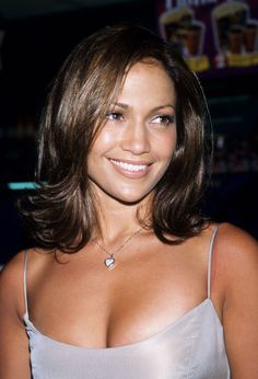 Just to refresh your memory, this is what J.Lo looked like in 1998. As in, 17 years ago.