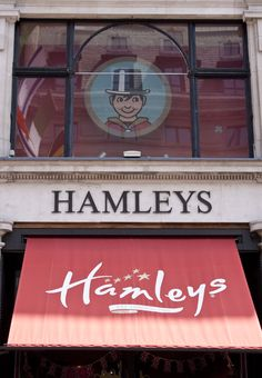Hamley's toyshop is the largest toyshop in the entire world! The nurseries and playrooms of Queen Elizabeth II and her children were stocked from Hamleys. ᘡղbᘠ