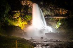 Vodopád Steinsdalsfossen v noci Trondheim, Bergen, Rafting, Waterfall, Outdoor, Outdoors, Waterfalls, Outdoor Games, Outdoor Living