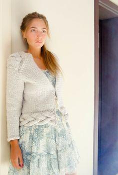 hand knit cardigan EMMA nude cropped jacket light mauve wool