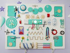 Большой выбор бизибордов (развивающих досок) от мастерской Смекалкин http://smekalkin-toys.com
