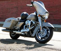 "Here is the 2009 Harley Davidson FLHX Street Glide that Wolgang Hammersmith nicknamed, ""The Raven. Harley Davidson Street Glide, Raven, Ravens, The Raven"