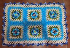 OS CROCHES DA ELSA: Tapete em Tons de Azul