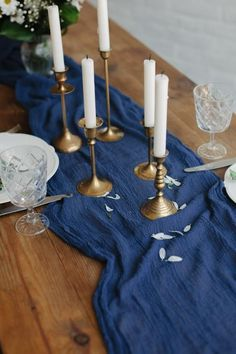 The new 2020 interior design trend is all about Pantone's Color of the Year, Classic Blue. Interior designer Ann Cox shares her favorite designs featuring this classic color. Beach Wedding Tables, Blue Wedding Centerpieces, Wedding Table Decorations, Flower Decorations, Centerpiece Ideas, Wedding Aisles, Wedding Backdrops, Wedding Ideas, Wedding Ceremonies