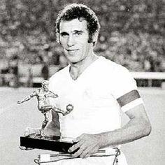 ..._AMANCIO AMARO VARELA 1962 · 1976 Posición en el campo: Delantero Partidos jugados: 471 oficiales Goles marcados: 155 Internacional con España: 42 veces