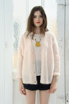 Des Petits Hauts Achala Cardigan in Pink Gilet Mohair, Gilet Rose, Angora,  Normcore 7828c32880a