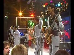 Kool and The Gang - Celebration 1980 Yahoo! This is your celebration! This is your celebration! Celebrate good times, come on, lets celebrate. 80s Songs, 80s Music, Wedding Gifts For Groom, Celebrate Good Times, Wedding Songs, Wedding Venues, Types Of Music, Sound Of Music, Songs