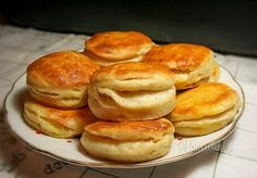 Tento recept mám veľmi rada, pretože je lacný a zemiakové pagáče sú nielen… Slovak Recipes, Czech Recipes, Vegetable Pancakes, Potato Vegetable, Sweet Recipes, Cake Recipes, Creative Food, Bread Baking, Goat Cheese Salad