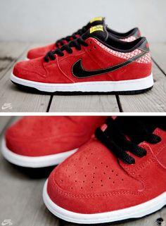 big sale 343da f09a7 THE SNEAKER ADDICT Nike SB Dunk Low