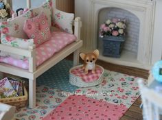 Shabby Chic Furniture In a family room, try to arrange your furniture into centers. Barbie Doll Accessories, Dollhouse Accessories, Furniture Projects, Furniture Decor, Dollhouse Furniture, Dollhouse Interiors, Miniature Rooms, Tiny Treasures, Mini Things