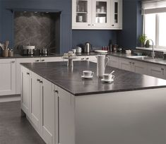 thin worktop with country kitchen Lightning marble