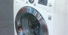 In plaats van flink schrobben en boenen in een poging je wasmachine handmatig te desinfecteren, kun je ook gewoon even de keuken induiken en een vaatwasmachine tablet pakken. Let wel even op dat je het type hebt, zonder plastic laagje eromheen. Leg het tablet in het bakje waar je anders je wasmiddel in stopt. Lees …