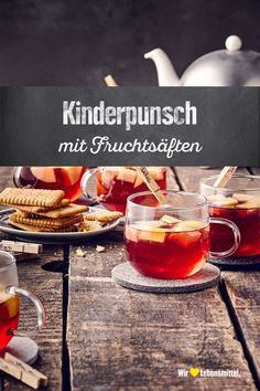Kinderpunsch Bring Advent atmosphere home and prepare a delicious hot drink without alcohol that tastes great and small Sangria Recipes, Drinks Alcohol Recipes, Punch Recipes, Non Alcoholic Drinks, Yummy Drinks, Drink Recipes, Thanksgiving Cocktails, Holiday Drinks, Thanksgiving Recipes