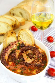 ITALIAN OCTOPUS STEW (polpo alla luciana) The Italian cuisine is famous thanks to several cooks whose name has been lost over the centuries; the author of the recipe of Luciana octopus stew (in. Octopus Recipes, Fish Recipes, Seafood Recipes, Cooking Recipes, Octopus Recipe Italian, Squid Recipes, Cooking Tools, Seafood Dishes, Fish And Seafood