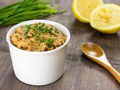 Cómo hacer paté de lentejas vegano. Se prepara en cinco minutos. Es muy parecido al hummus tradicional, pero en lugar de garbanzos usaremos lentejas.