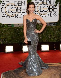 Kate Beckinsale in Zuhair Murad strapless gown; fantastic look by a red-carpet pro!  (Golden Globes 2014)