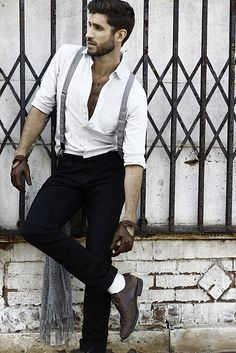 Diggin' the suspenders and shoes!