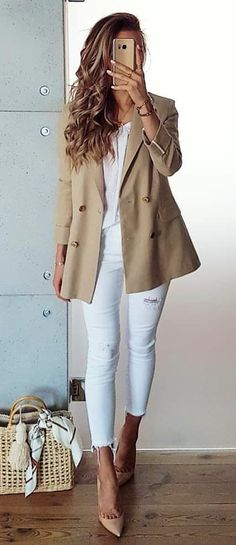 Breathtaking Summer Outfits To Update Your Wardrobe Spring Work Outfits, Summer Outfits Women, Dress Clothes For Women, Pants For Women, Summer Clothes, Blue Shirt Grey Pants, Camouflage T Shirts, Preppy Outfits, Fashionable Outfits