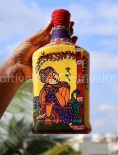 Glass Bottle Crafts, Diy Bottle, Bottle Art, Glass Bottles, Decor Crafts, Fun Crafts, Buddha Painting, Madhubani Painting, Bottle Painting